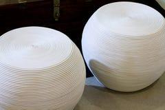Pedazos blancos retros de los muebles de los diseñadores Foto de archivo