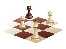 Pedazos de ajedrez en la tarjeta Imagen de archivo libre de regalías