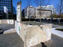 Pedazos de Berlin Wall imagen de archivo libre de regalías