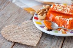 Pedazos de calabaza cocida dulce con las nueces El plato turco es Kab Imagen de archivo libre de regalías