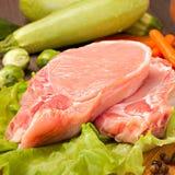 Pedazos de carne cruda para cocinar Fotografía de archivo libre de regalías