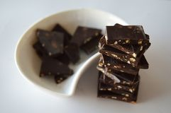 Pedazos de chocolate imagen de archivo libre de regalías