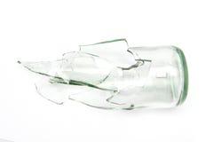 Pedazos de cristal de botellas quebrado Fotos de archivo libres de regalías