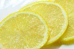 Pedazos de limón Imagenes de archivo