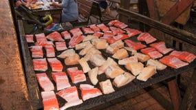 Pedazos de salmones y de halibut Foto de archivo