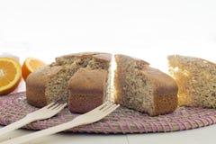 Pedazos de torta de esponja Fotos de archivo libres de regalías