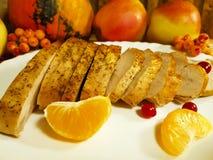 Pedazos de Turquía de hoja de arce Canadá, aún vida, plato, menú, mandrágora del día de la acción de gracias, Imagen de archivo libre de regalías