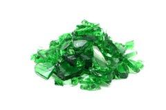 Pedazos de vidrio verde quebrado Imagen de archivo libre de regalías
