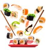 Pedazos deliciosos de un sushi de la mosca Imagenes de archivo
