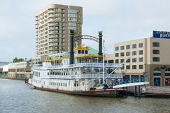 Peddel Wheeler Creole Queen in New Orleans royalty-vrije stock afbeeldingen