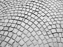 Pedestre que pavimenta na rua fotografia de stock