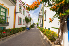 Pedestrian alley in the harbor area of Puerto de Mogan, Gran Canaria Royalty Free Stock Photos