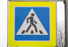Pedestrian crossing traffic sign Stock Photography