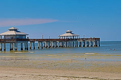 Free Pedestrian Pier At Fort Myers Beach Florida Royalty Free Stock Image - 80844606