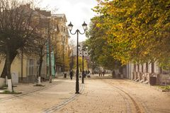 Pedestrian street in the autumn town of Zelenogradsk. Stock Photography