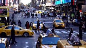 Pedestrians crossing the street in Manhattan New York USA cityscapes. Pedestrians crossing the street in Manhattan New York United States cityscapes videoclip stock video