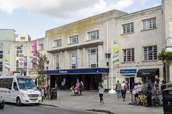 Pedestrians and traffic at Richmond Railway Station stock photos
