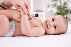 pediatra Foto de archivo libre de regalías