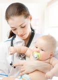 Pediatra Fotografia de Stock Royalty Free