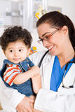 pediatrisk tålmodig Arkivfoto