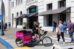 Pedicab внутри на порте Сан-Франциско Стоковые Фото