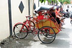 pedicab на традиционных рынках стоковое фото