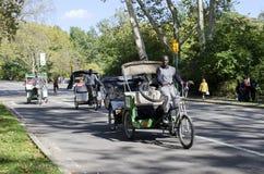 Pedicab i Central Park Royaltyfria Bilder