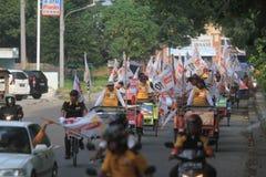 Pedicab parada gdy przyjęcie demokracja w Indonezja Fotografia Royalty Free
