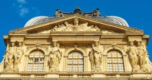 pediment стоковая фотография rf