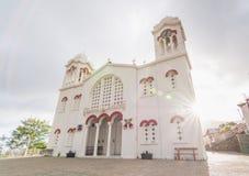 PEDOULAS, CHIPRE - EM MAIO DE 2016: Igreja ortodoxa grega em Pedoulas, Chipre Fotos de Stock Royalty Free