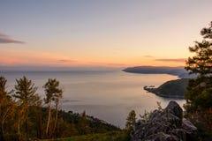 A pedra de Chersky Baikal, Listvyanka Foto de Stock