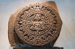 Pedra do sol - o calendário maia Foto de Stock