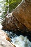 Pedra e angra Fotografia de Stock Royalty Free