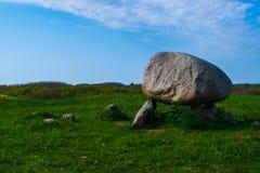 A pedra ereta de Drachmann foto de stock