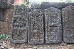Pedra memorável da pedra de Sati da Índia imagens de stock