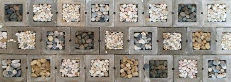 Pedra no fundo do bloco de cimento fotos de stock