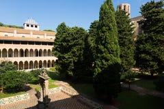 Pedralbes修道院修道院在巴塞罗那 免版税库存图片