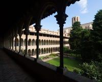 Pedralbes修道院哥特式修道院在巴塞罗那 卡塔龙尼亚 免版税库存照片
