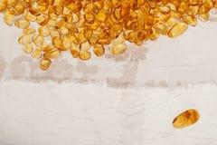 Pedras ambarinas amarelas Fotos de Stock Royalty Free