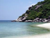 Pedras bonitas na praia, Koh Samui imagem de stock