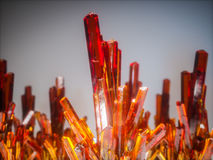 Pedras de cristal minerais, cor alaranjada 3d rendem Imagem de Stock