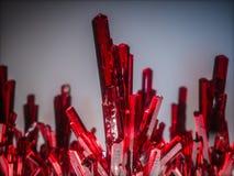 Pedras de cristal minerais, redcolor 3d rendem Foto de Stock Royalty Free