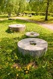 Pedras de moer antigas fotografia de stock