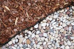 Pedras e grama, fundo Fotos de Stock Royalty Free