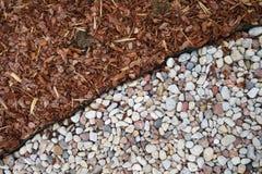 Pedras e grama, fundo Imagens de Stock