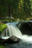 Pedras e rio Fotos de Stock