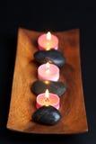 Pedras e velas dos termas Foto de Stock Royalty Free