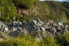 Pedras fúnebres dobradas Foto de Stock Royalty Free