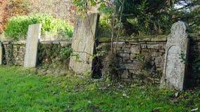 Pedras graves na igreja no llenbach do ¼ de Marienheide-MÃ, Alemanha Foto de Stock Royalty Free