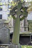 Pedras graves velhas em Kirk de São Nicolau em Aberdeen, Escócia imagem de stock royalty free